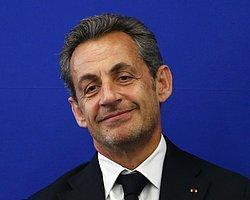 Sarkozy'nin 'Yolsuzluk Soruşturması' Askıya Alındı