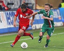 Leverkusen Takibe Devam