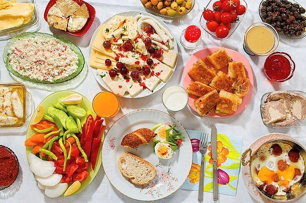 Günün En Değerli Öğünü Kahvaltıda Dünya Çocukları Neler Yiyor?
