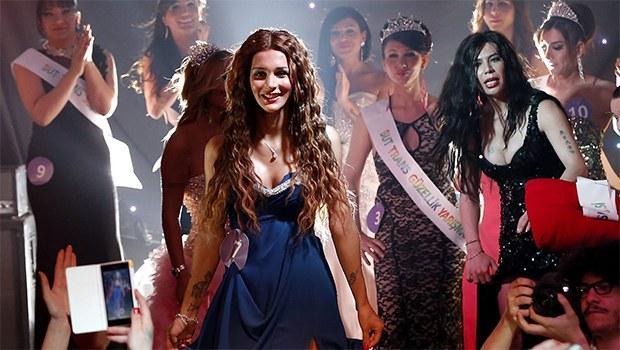 Vidéos Lesbiennes Gratuites En Streaming