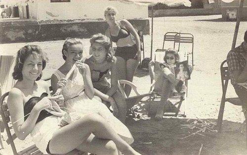 Картинки по запросу turk kadın fotografları 1960 yıllardan
