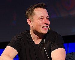 """Elon Musk: """"Yapay zeka ile şeytan çağırmış oluyoruz"""""""