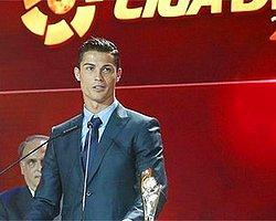 Ronaldo Yine Ödülleri Topladı