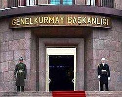 """Kobani'ye giden peşmergenin Türkiye geçişinin 29 Ekim'e denk getirilmesini TBMM gündemine taşıyan CHP, Davutoğlu'na, """"MİT'in 'lastik patladı geçişleri gecikti' istihbaratı doğru mudur?"""" diye sordu."""