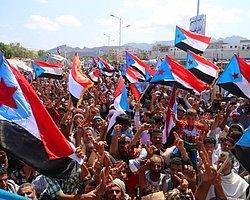 Aden'de Toplanan Yüzlerce Gösterici 'Ayrılık İstedi'
