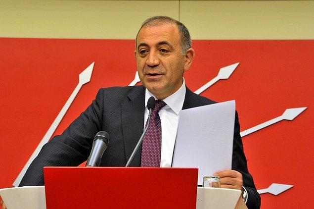 CHP İstanbul Milletvekili Gürsel Tekin, Başbakan Yardımcısı Numan Kurtulmuş'un yanıtlaması için bir soru önergesi vererek konuyu Meclis gündemine getirdi.