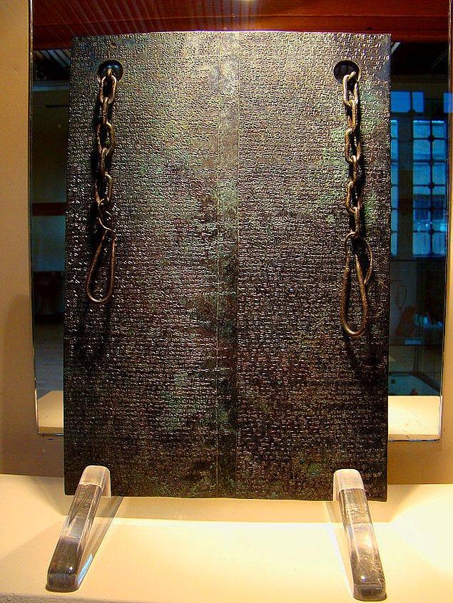 2. Çorum - Boğazköy'de bulunan M. Ö. 1235 yılından kalma Mısır kraliçesinin Hitit kralına yazdığı mektup