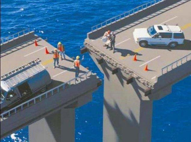 20. Köprüyü birleştirmesi için Hulk'un teşrifi bekleniyor.