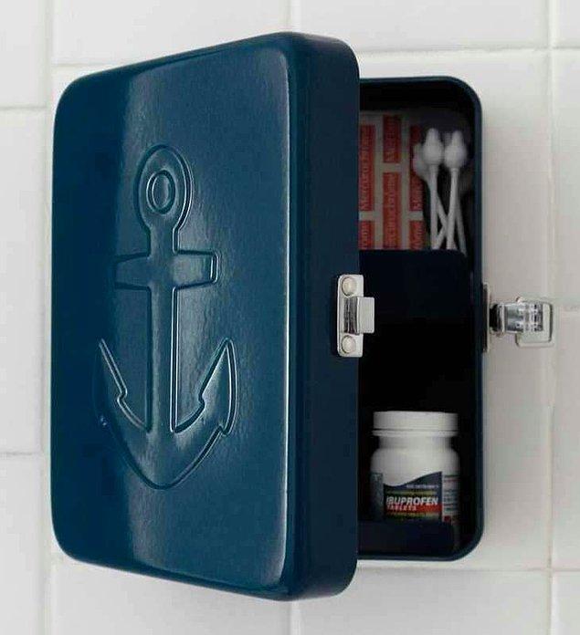 6. Denizci acil yardım kutusu