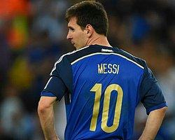 Arjantinli Futbolculara Büyük Onur