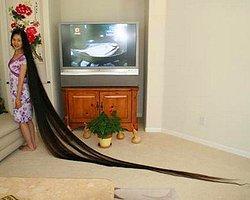 1-Dünyanın En Uzun Saçlı Kadını
