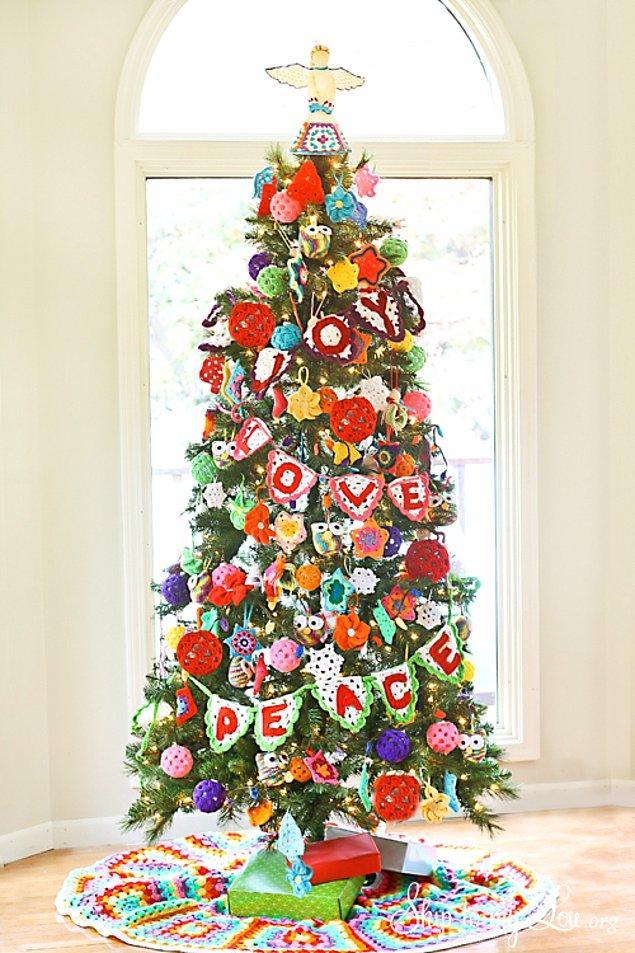 9. Yün olan, örgü olan her şey dikkatinizi çekiyorsa, bu ağaç da çekecektir.