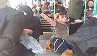 Otobüste Umursamadan Dans Eden Genç