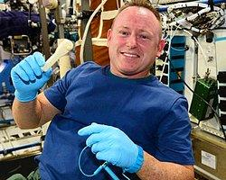Uzay İstasyonuna E-Postayla İngiliz Anahtarı