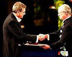 Orhan Pamuk: 'Nobel Diplomat Olmama Neden Oldu'