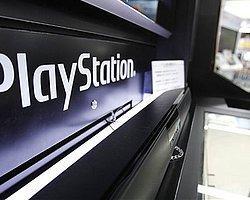 'Playstation Network Trafiğini Bozdular'