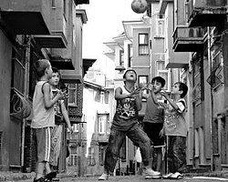10 Maddede Sokak Futbolunda Kahkaha Attıran Replikler