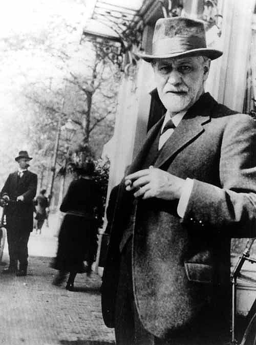 Güç ve güveni hep dışımda aradım. Ama bunlar insanın içinden gelir. Ve her zaman oradadırlar.  Sigmund Freud'un Hayat Hakkında Söylediği 10 Acı Gerçek s 991498dfae975d6b065e3e13bbafef87f977ec03