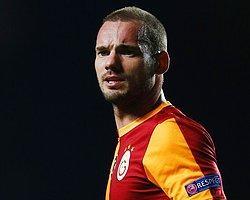 Sneijder, Galatasaray'da Kalıyor