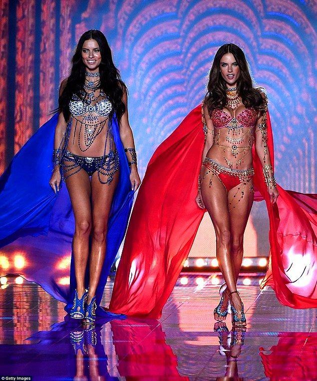 1. Adriana Lima & Alessandra Ambrosio