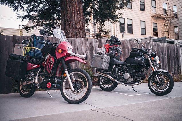 2. ''Ciddi anlamda eşyalarımızı motorlara yükledik ve San Francisco'dan yola çıktık.''