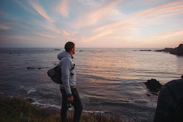 3. ''Kaliforniya'daki ilk ve son gecemizde arkadaşlarımızla okyanusa yakın bir yerde kamp yaptık.''