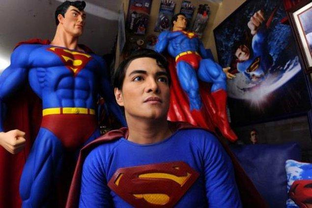 3. Herbert Chavez > Süpermen