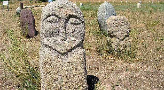 3. Mezar Taşlarımız
