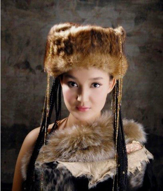 """9. Saçın Çabuk Uzaması İçin Zeytin Yağı, Saçı Beslemek İçin de Mucize Krem """"Yelim"""""""