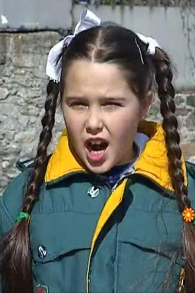 10. Bücür Cadı dizisinin Zeliş'i Merve Erdoğan şimdi genç bir kız.