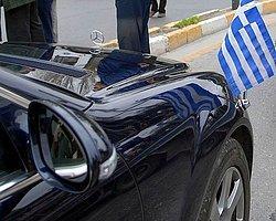 Çipras Bakanların Araçlarını Satışa Çıkardı
