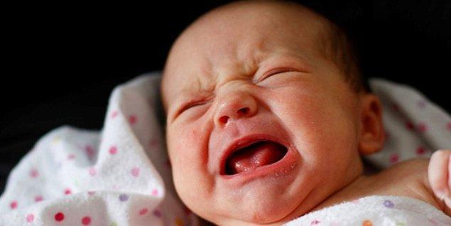 8. Doğdum, ağlıyorum. Yaşıyorum, mutsuzum. Ölüyorum, yalnızım.