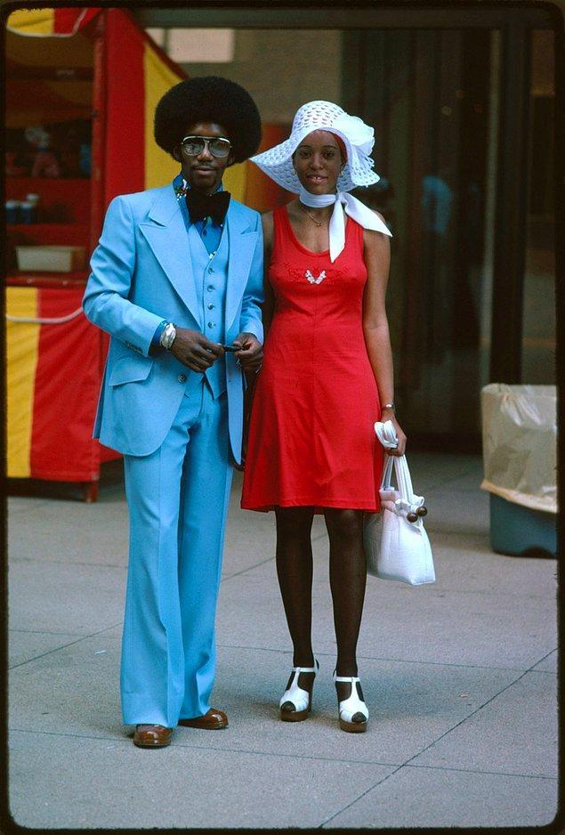 8. Chicago'nun Michigan Caddesi'nde fotoğraflanan bir çift.