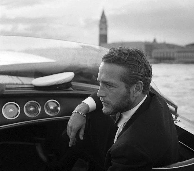 33. Tam 6 kez Golden Globe ödülünü kazanan Paul Newman, bir film festivali sırasında Venedik'i geziyor, 1963.