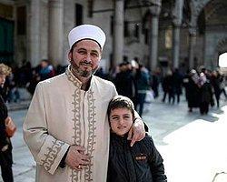 Sultanahmet Camisi'nin İmamından Demba Ba'ya Mesaj