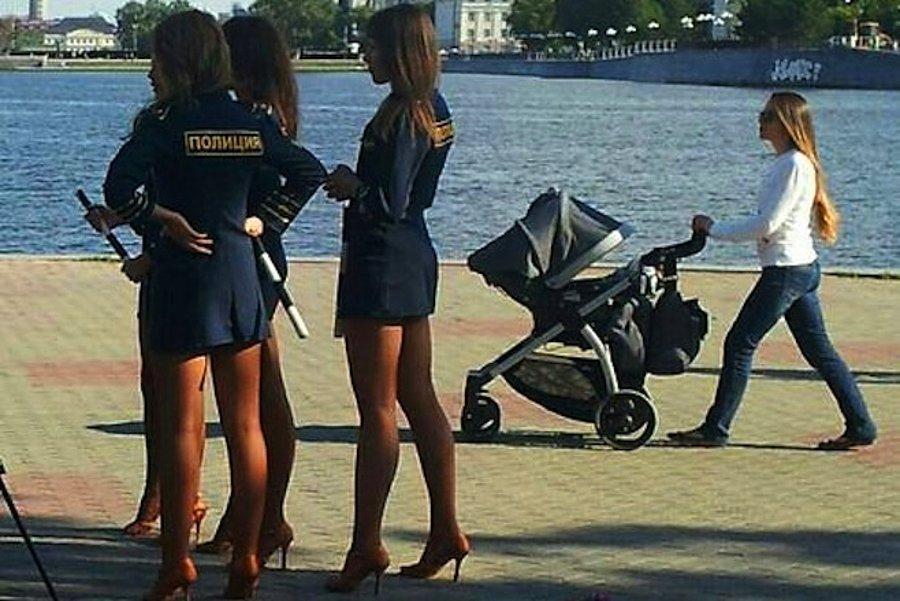 Сентября советские, прикольные картинки про девушек полицейских