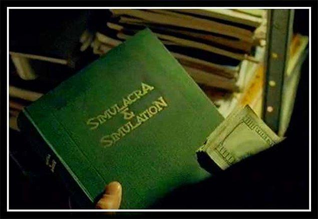1. Keanu Reeves'in Neo rolüne bürünmeden önce okuduğu 3 kitap: Simulakra ve Simulasyon (Jean Baudrillard),  Out of Control (Kevin Kelly) ve Evrimsel Psikolojiye Giriş (Dylan Evans)