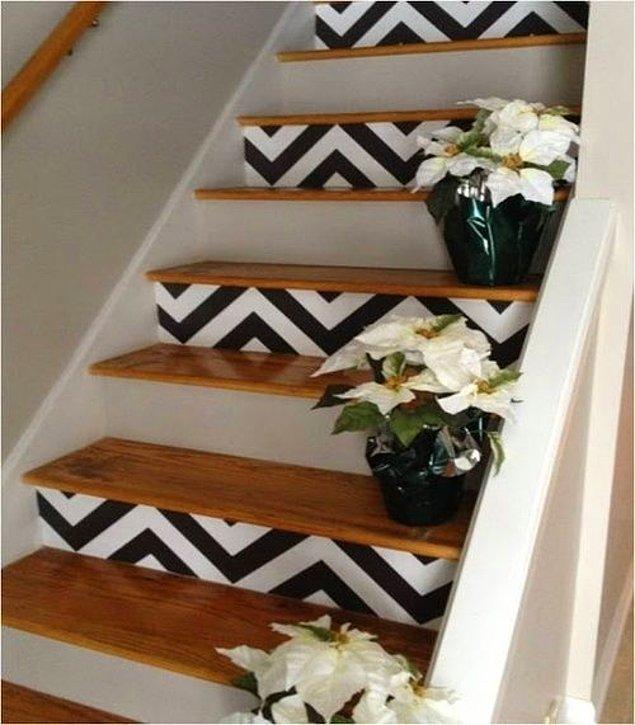 3. Bir merdiven ki, sanat eserinden hallice