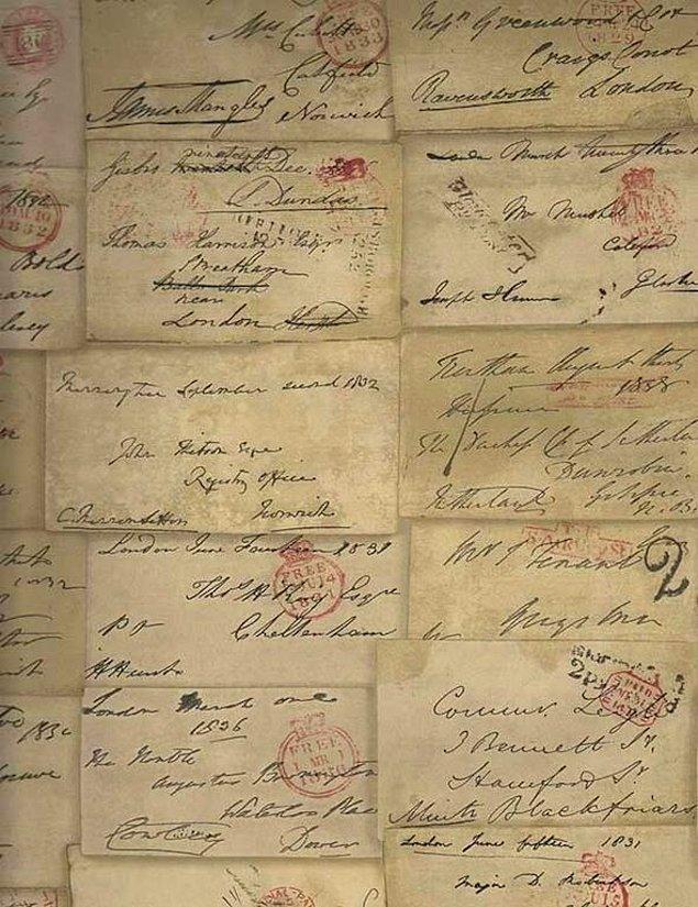 10. Duvarınızda ünlü şairlerin yazdığı aşk mektupları dursa?