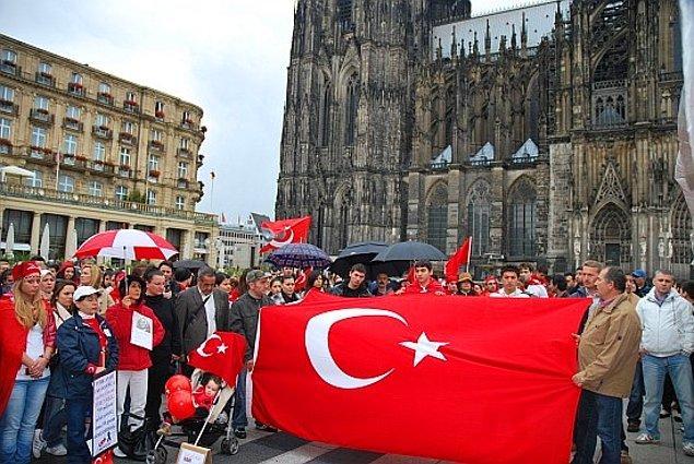 """14. """"Türkler Avrupalı olmaya çalışıyor."""""""