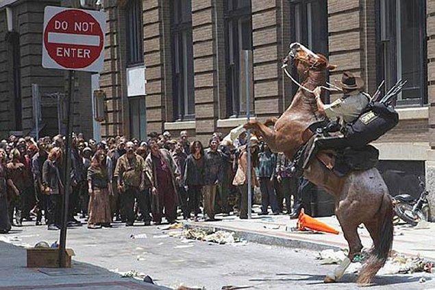 2. Rick, Atlanta'daki o caddeye döndüğü an