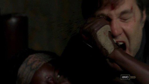 12. Michonne, Vali'yi yaraladığı an