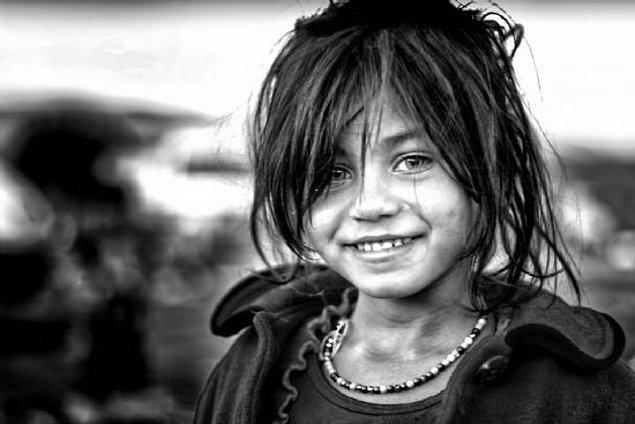 2. Bu Ülkede Bırakın Kadın Olmayı, Kız Çocuğu Olmak Bile Zordur!