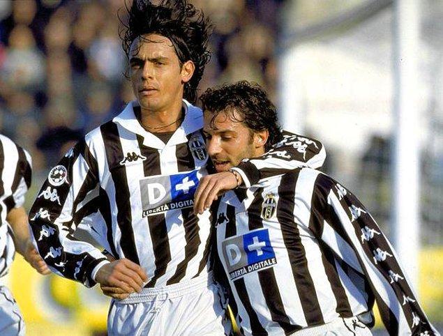6. Juventus'ta attıkları gole sevinen Filippo Inzaghi ve Del Piero