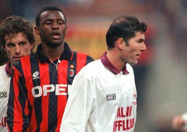 27. Milan'lı Patrick Vieira, Bordeaux'lu Zidane ve Zidane'ın yeni yeni kelleşmeye başlayan kafası