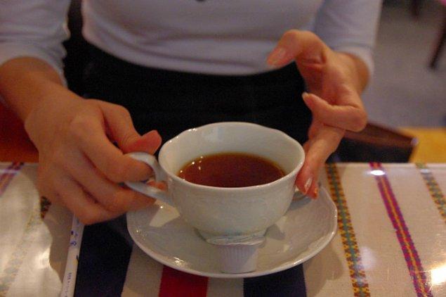"""3. """"Neyse, ben bir çay alabilir miyim?"""""""