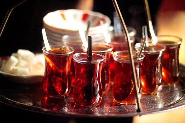 """6. """"Pardon bu çay çok soğuk, değiştirebilir misiniz lütfen?"""""""