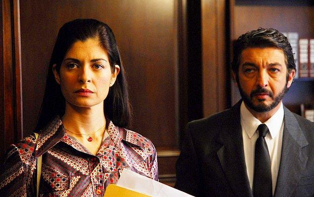 6. Gözlerindeki Sır (2009)  | IMDb 8.3