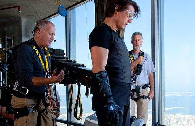 18- Tom Cruise ve ekibi maceralarına kaldığı yerden devam ediyor