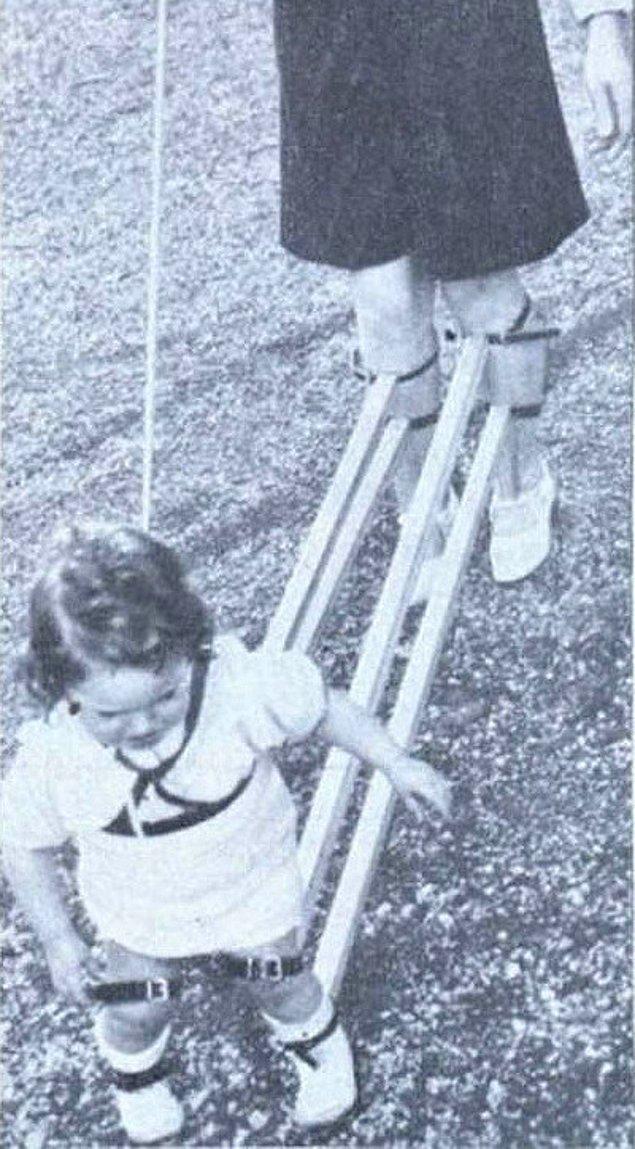4. Çocuklara yürümeyi öğretmek için tasarlanmış bir mekanizma